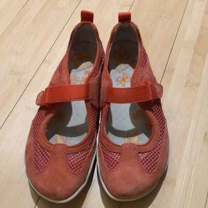Merrill sport shoes